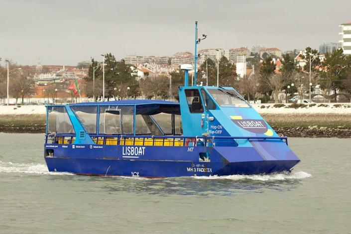 River Cruise Vessel 54PAX – 12.6m